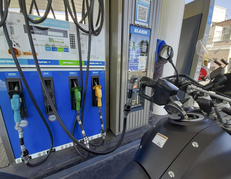 Imparable: Rige otro aumento mas a los combustibles de un 6%