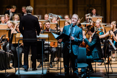 Shostakovich: Hamlet - Jan Latham-Koenig, Freddie Fox, Britten-Shostakovich Festival Orchestra - Cadogan Hall (Photo Luke Toddfrey)