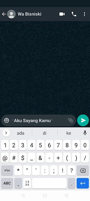 Cara Desain Tulisan Chat Tebal di WhatsApp