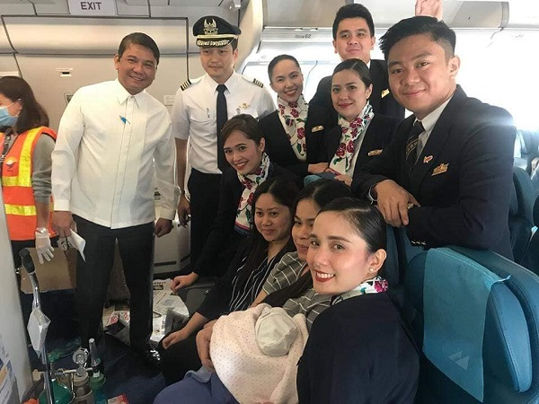 Flight attendant praised for delivering baby on PAL flight from Dammam to Manila