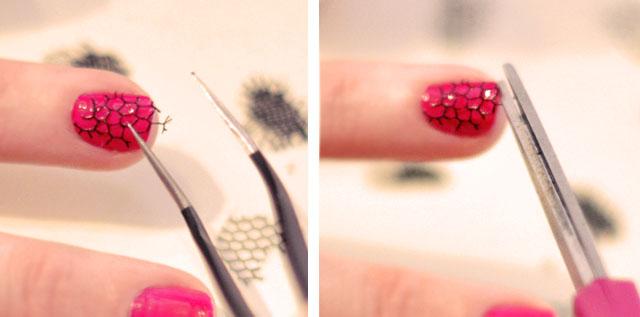 mesh nails, fishnet manicure