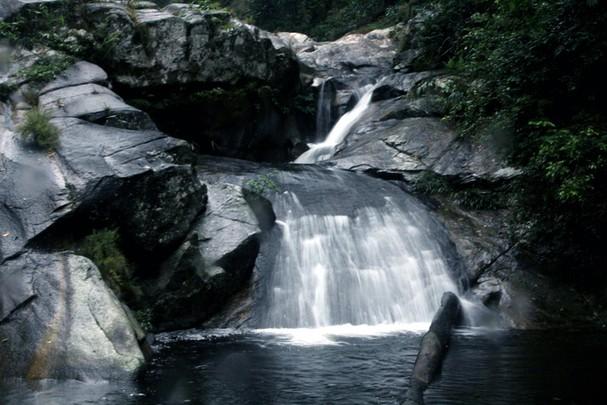 Vẻ đẹp hoang sơ thác Suối Pá Quế Phong Nghệ An - 3