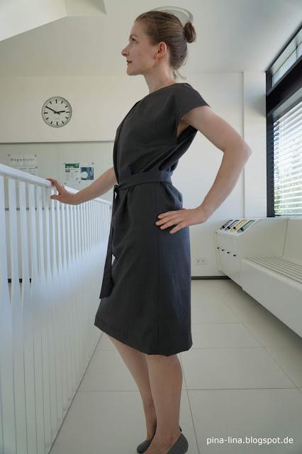 Einfaches, elegantes Kleid, super für den Sommer im Büro