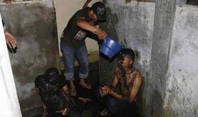 M35um di Toilet SPBU Pasangan Remaja di Aceh Timur Ini Digrebek Warga