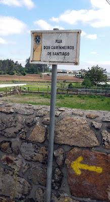 placa de rua do Caminho de Santiago