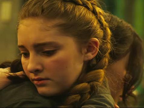 Prim Everdeen (Willow Shields) en Los juegos del hambre. Sinsajo parte 2 - Cine de Escritor