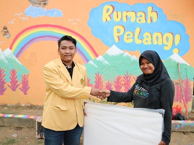 Mahasiswa Universitas Bhayangkara Laksanakan Baksos Abdimas di Rumah Pelangi Bekasi