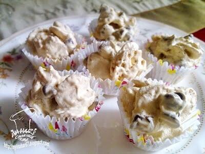 Cornflakes Meringue Cookies
