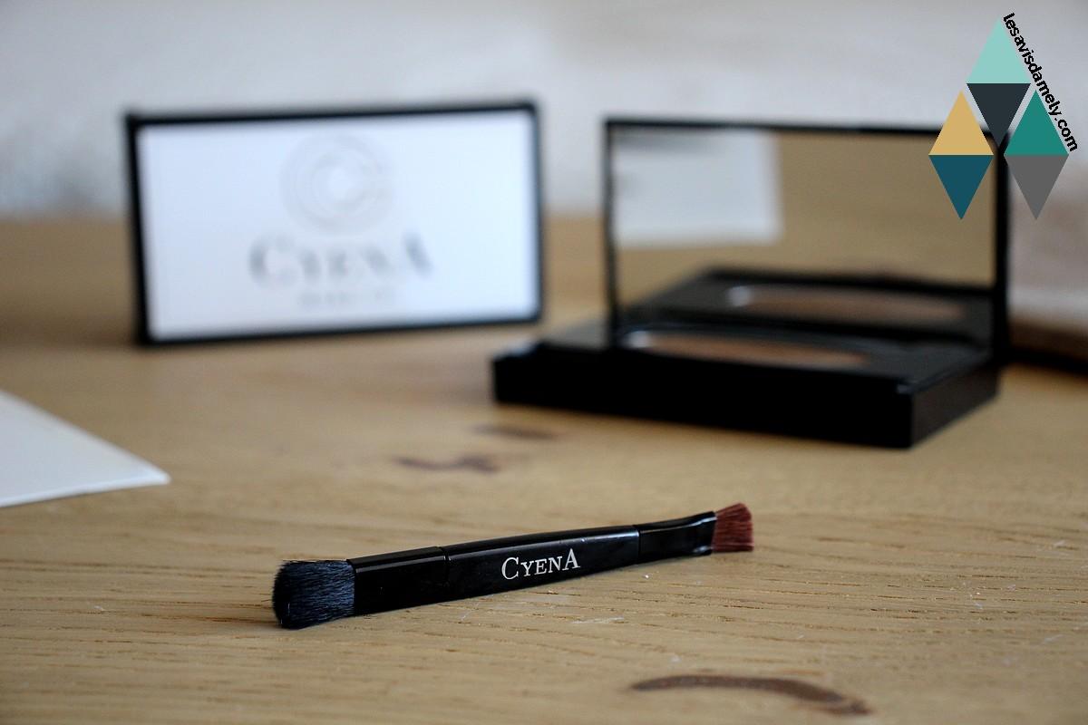 revue beauté kit sourcils cyena makeup pochoir fard