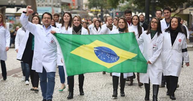 O salário de um médico nesses 7 países é de dar inveja (Imagem: Reprodução/Paulo Ghiraldelli)