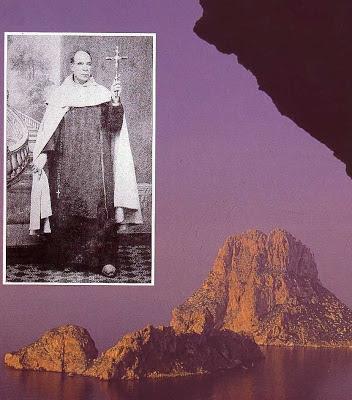 Exilado a Ibiza, ia ao rochedo Vedrà (foto) a fazer retiro espiritual
