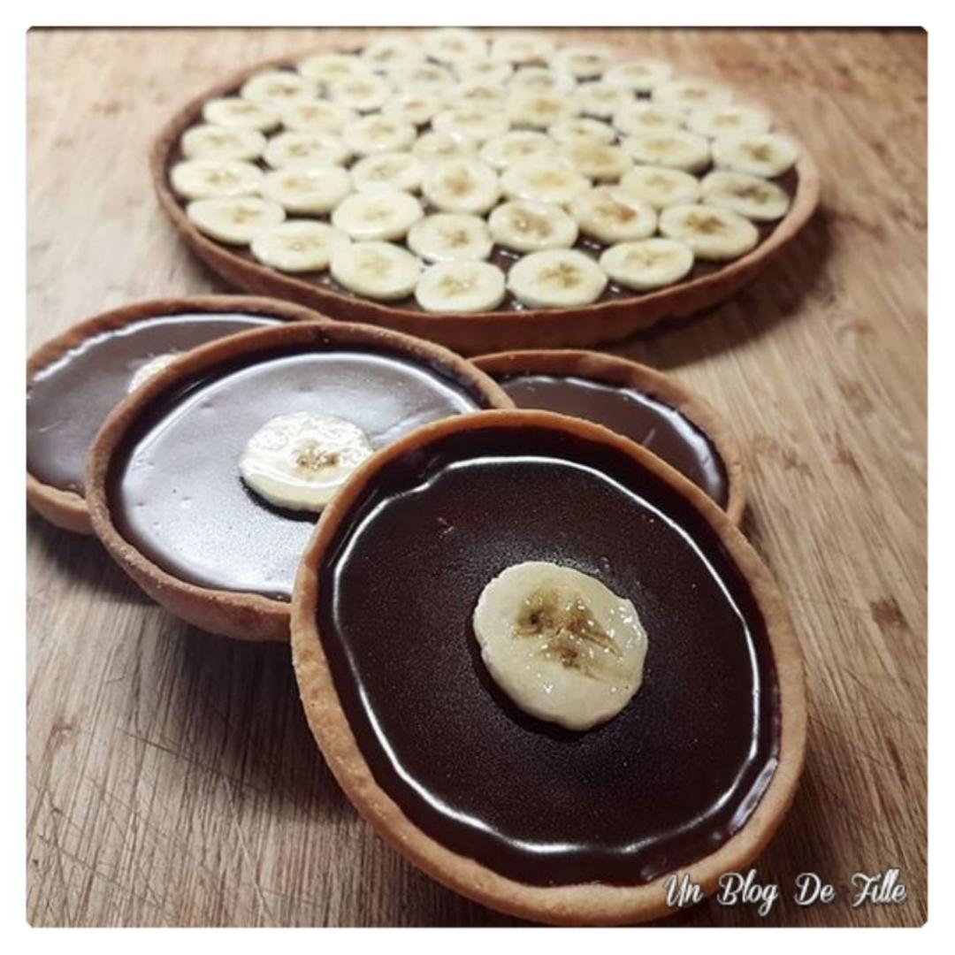 http://www.unblogdefille.fr/2019/04/recette-tarte-chocolat-banane-latelier.html