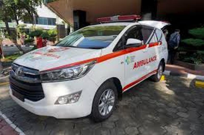 Toyota Indonesia Donasikan Dua Unit Ambulan Innova