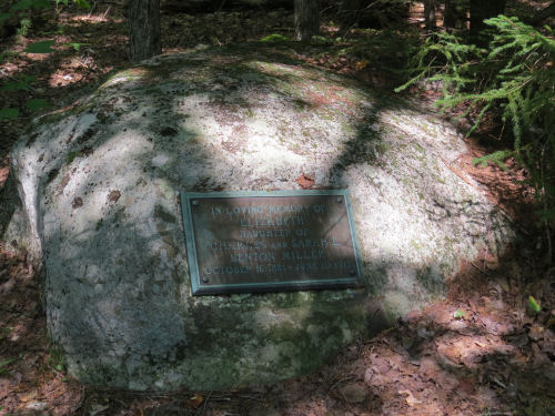 Adrinodack grave
