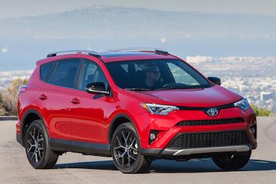 2017 Toyota RAV4 Hybrid HD images
