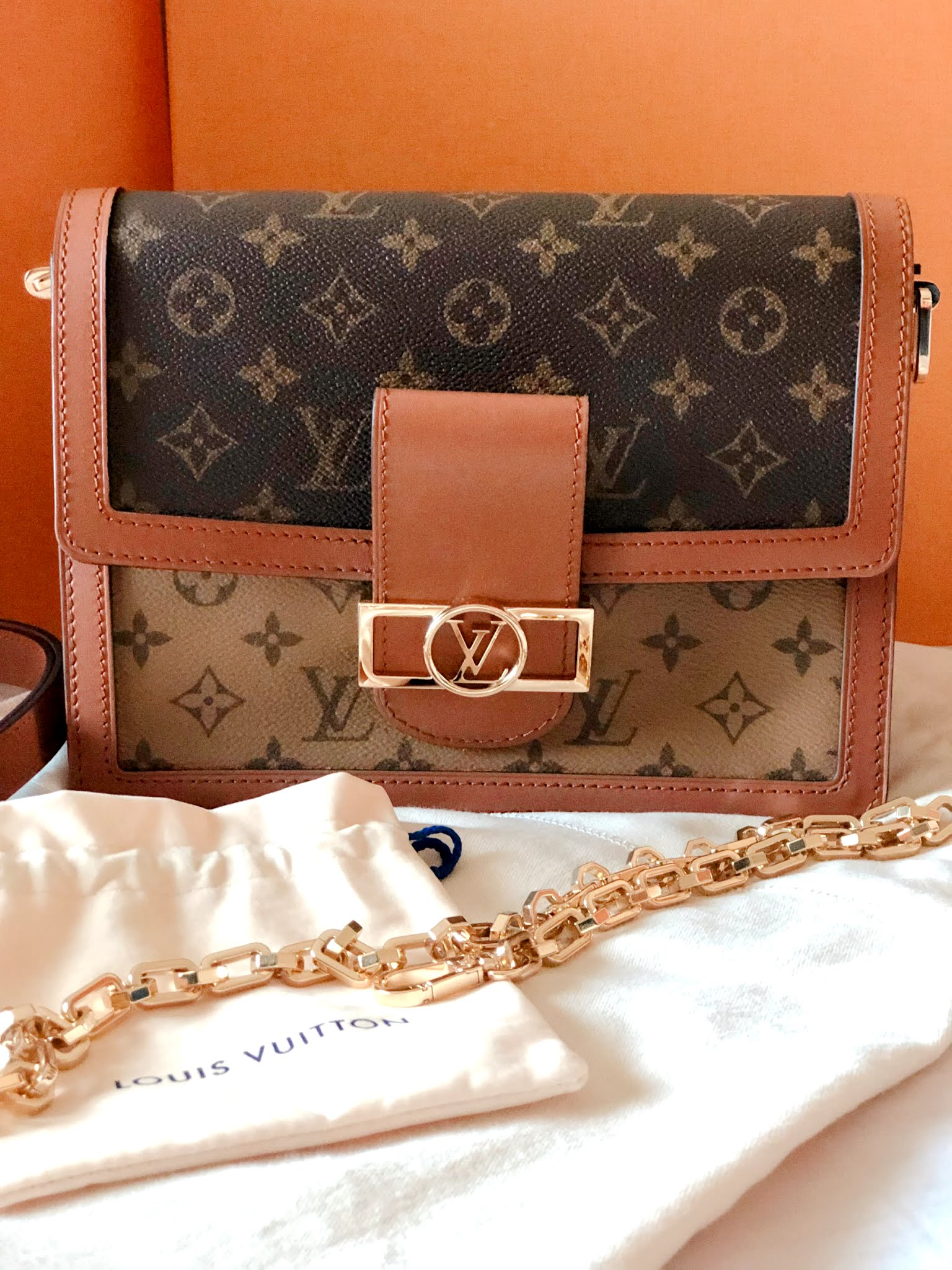 Louis Vuitton Dauphine MM handbag unboxing