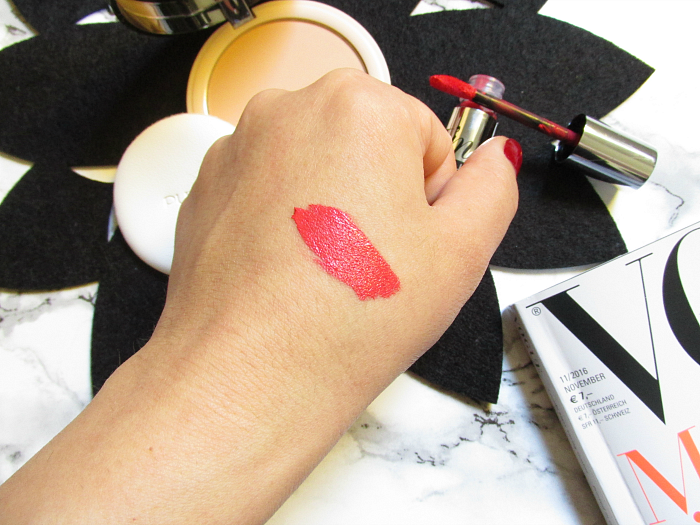 Review: PUPA Milano I´m Matt Lip Fluid & Like a doll nude skin powder