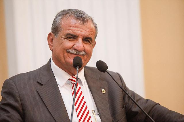 Nota de esclarecimento da Assessoria de Imprensa do deputado federal Adalberto Cavalcanti em relação as suas faltas nas sessões plenárias do Congresso