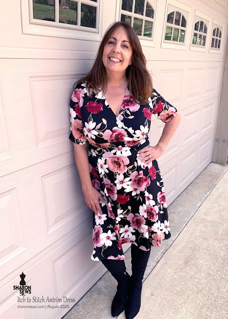 Itch to Stitch Antrim Dress in Floral ITY Knit from Fabric Mart Fabrics worn by Sharon Sews