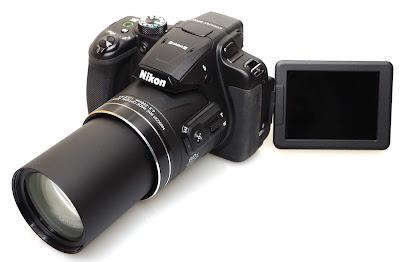 كاميرا Nikon COOLPIX B700