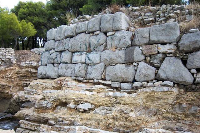 Παρουσιάζονται τα αποτελέσματα της πρόσφατης αρχαιολογικής έρευνας στην Αρχαία Ερμιόνη