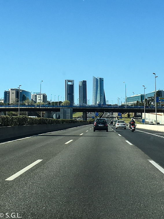 Las cuatro torres. Ruta lowcost por Madrid