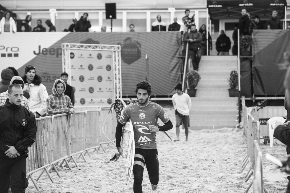 29 Filipe Toledo Moche Rip Curl Pro Portugal 2015 Fotos WSL Kirstin Scholtz