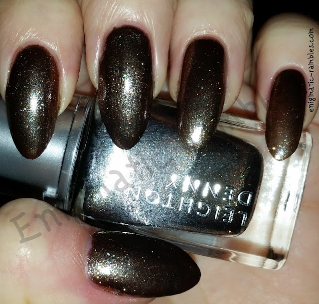 Swatch-Leighton-Denny-Falling-Stars