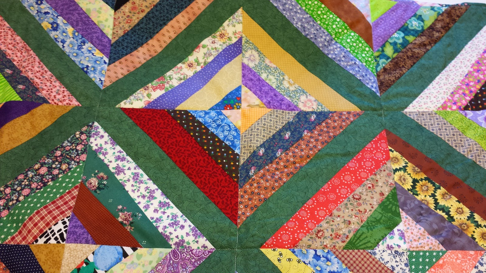 My Patchwork Quilt: HOW TO MAKE A STRING QUILT BLOCK