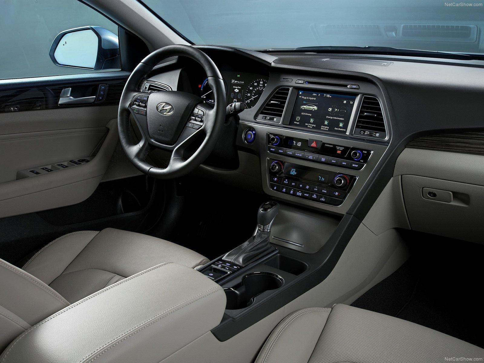 Hyundai-Sonata 2016 Interior-Best Selling Cars