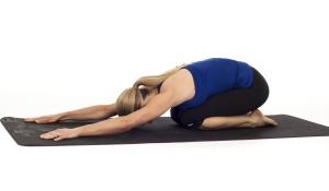 5 tư thế tập luyện Yoga cho người bận rộn