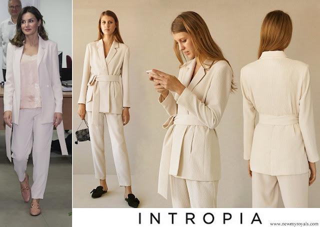 Queen Letizia wore Intropia Vanilla Embossed Lounge Suit