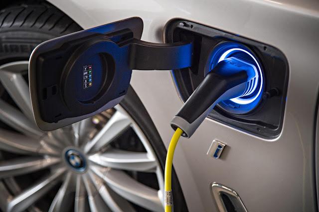 BMW 表示將在明年提高電力驅動車輛的生產數量