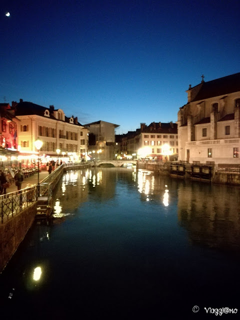 Annecy alle luci della sera è ancora più magica