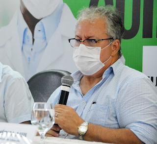 Secretário de Saúde de João Pessoa chama Renan Calheiro de Palhaço