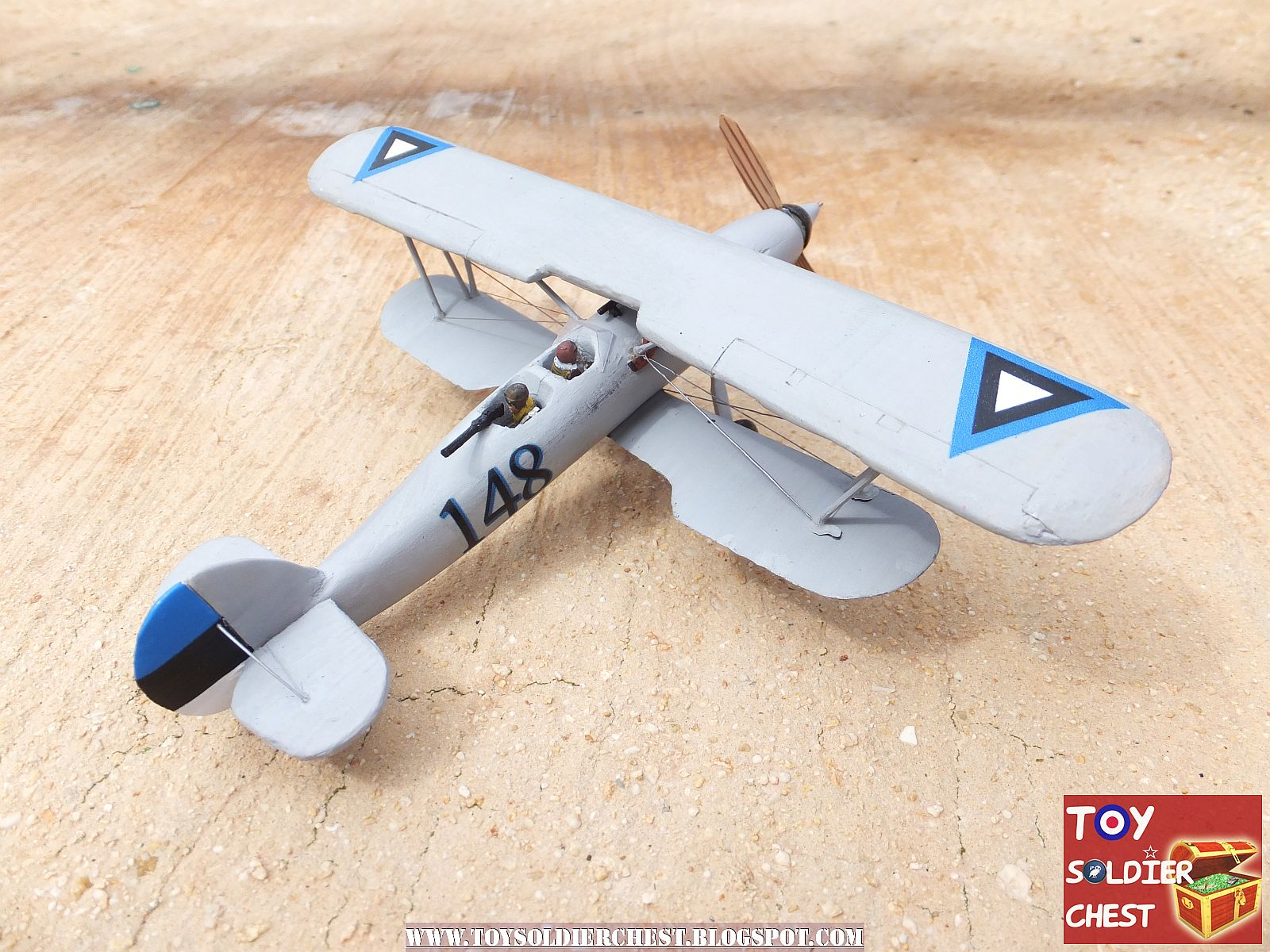 Tutorial; Scratch-building a 1/72 aircraft out of wood and spare parts
