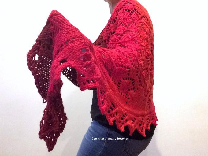 Con hilos, lanas y botones: Chal Huerta (patrón Pearl Knitter)