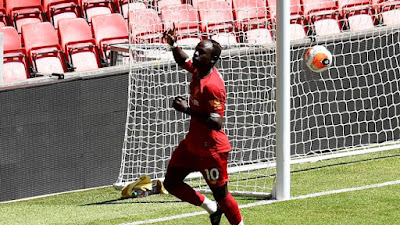 Liverpool đá trận đầu tiên hậu Covid-19: Mane lập công, hạ gục Salah 6