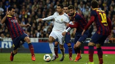 Barcelona thất bại toàn tập trong mùa giải này.