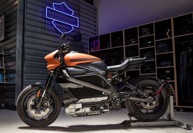 Harley-Davidson suspends production of its first electric motorcycle, LiveWire