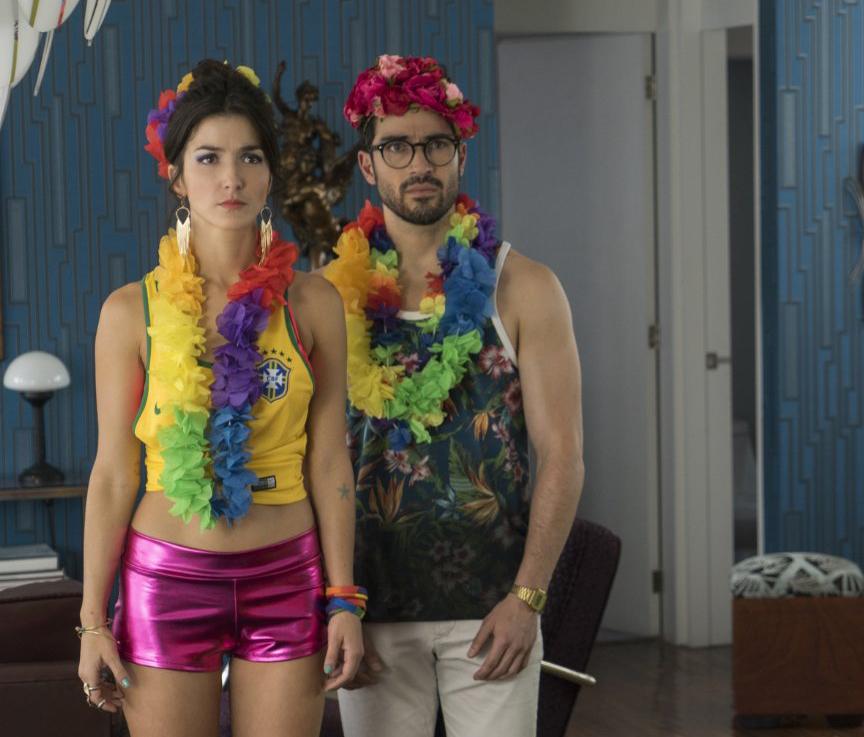 Eréndira Ibarra y Alfonso Herrera en una escena de Sense8, Netflix