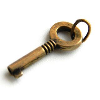 купить бронзовый декоративный ключик сувенир ключ к деньгам купить
