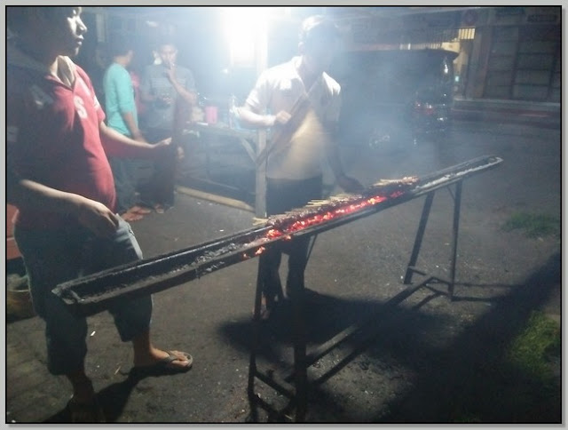 Kuliner Enak Di Kota Probolinggo – Lezatnya Sate Ayam Cak Burhan.