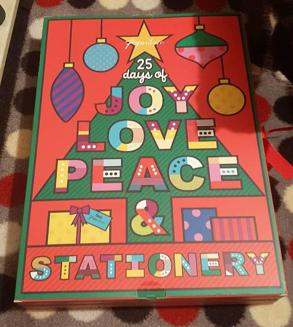 What's Inside The Paperchase Stationery Advent Calendar?