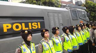 Waaww Ternyata Begini Kondisi Lapangan Pengamanan Jelang Sidang Perdana Ahok di PN Jakut - Commando