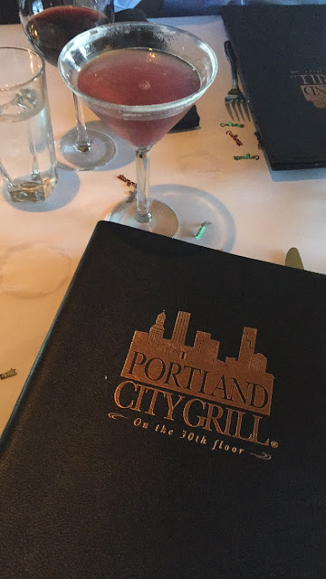 Portland Oregon travel guide: fun things to do during a weekend in Portland Oregon. Portland City Grill Review