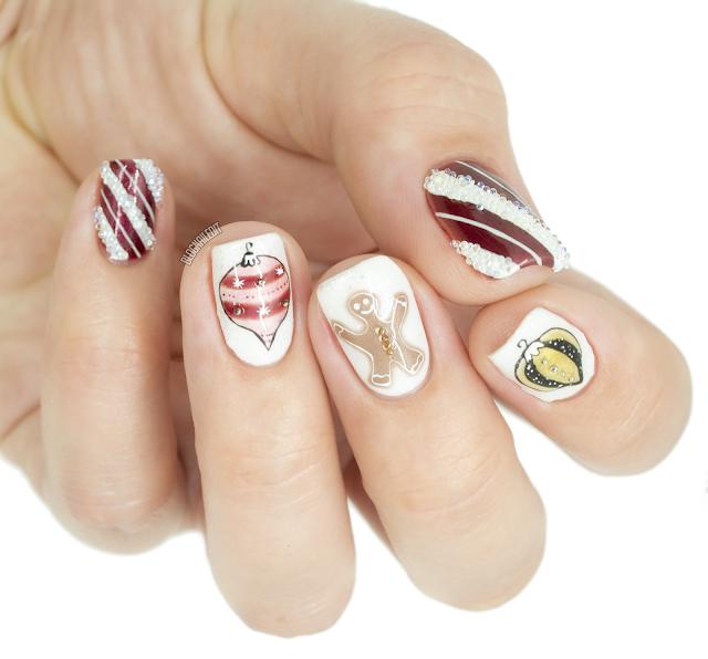 extra Christmas nail art