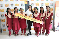 Actress Priya Anand in T Shirt with Students of Shiksha Movement Events 07.jpg