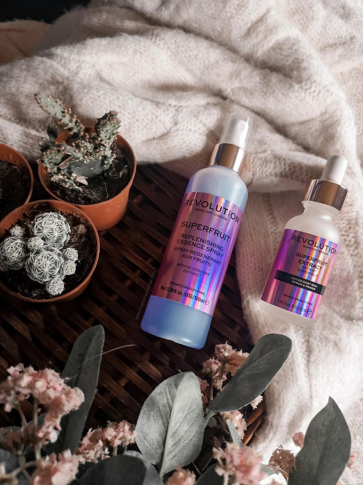 Spray hidratante y serum Superfruit Revolution Skincare