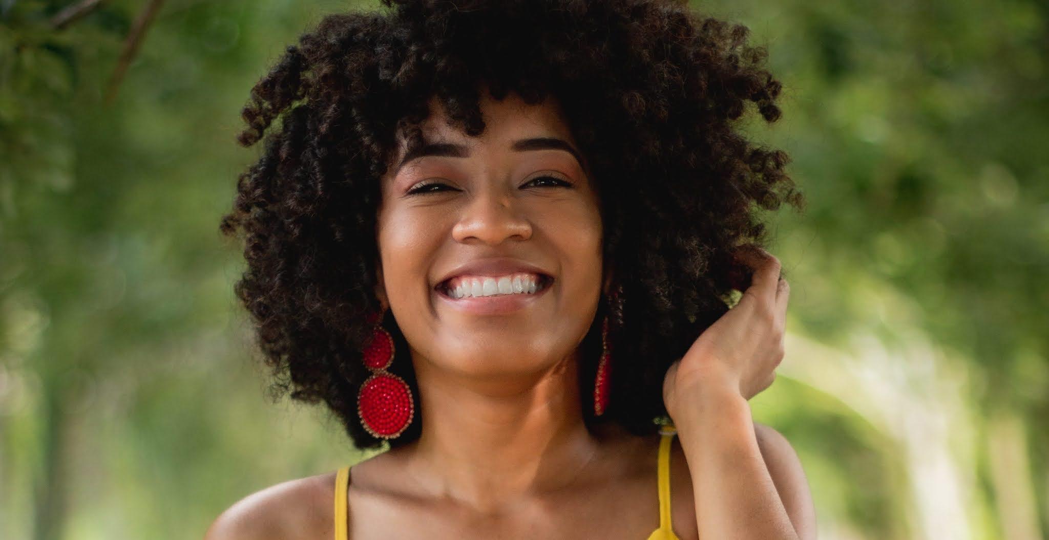 7 Motivos pelos Quais seu Cabelo é Ressecado - Porosidade, Descoloração, Tratamento, Build up, dano solar, shampoo e dano térmico